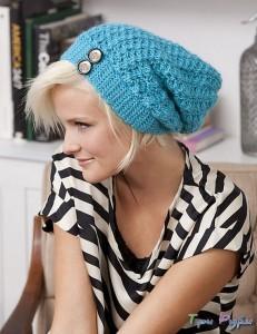 Голубая шапка крючком