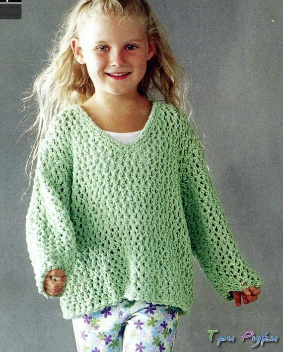 Зеленая кофточка для девочки
