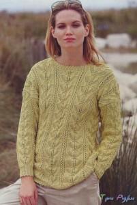 Вязаный спицами пуловер цвета киви