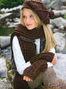 Шапка, шарф и митенки