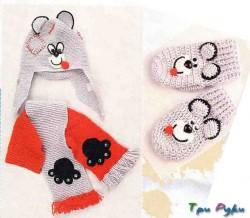 Вязаный комплект с мишками Тедди