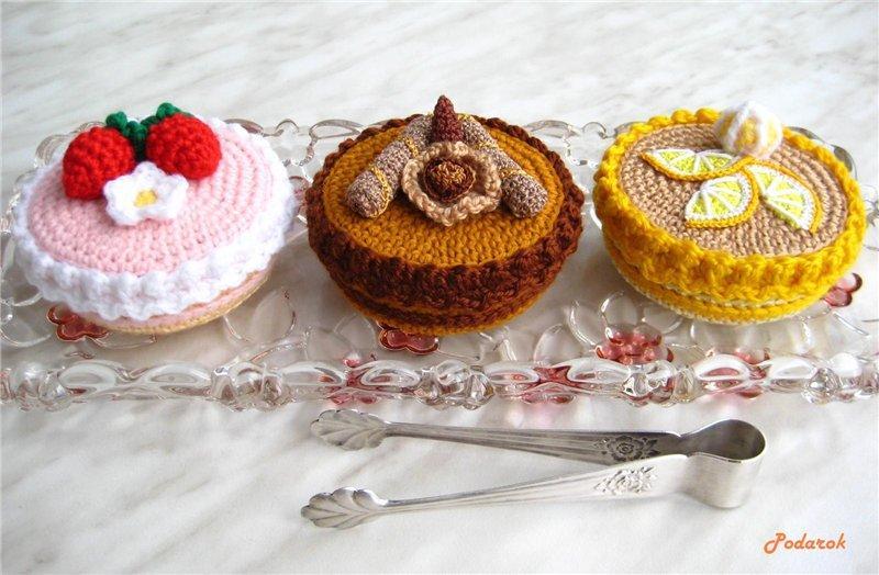 Вязаные пирожное - шкатулка (5)