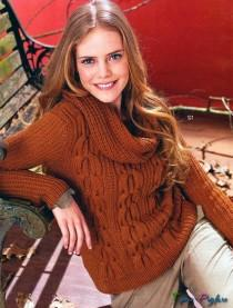 Пуловер с чередованием кос