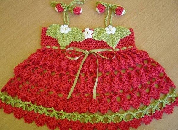 Вязаный сарафан для девочки (1)