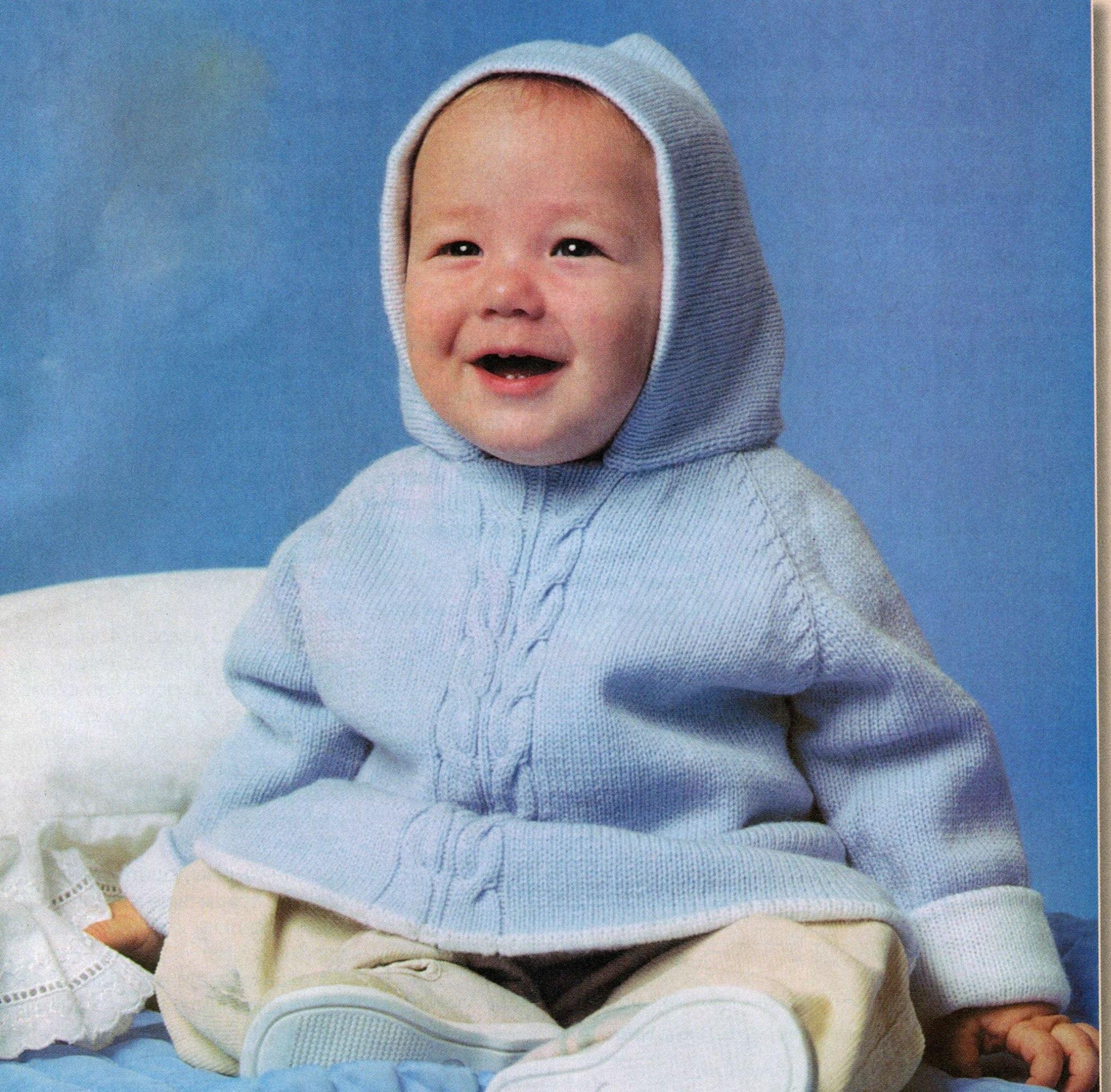 Детское голубое платье с капюшоном
