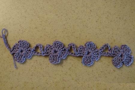 Начало вязания шарфика с цветочками