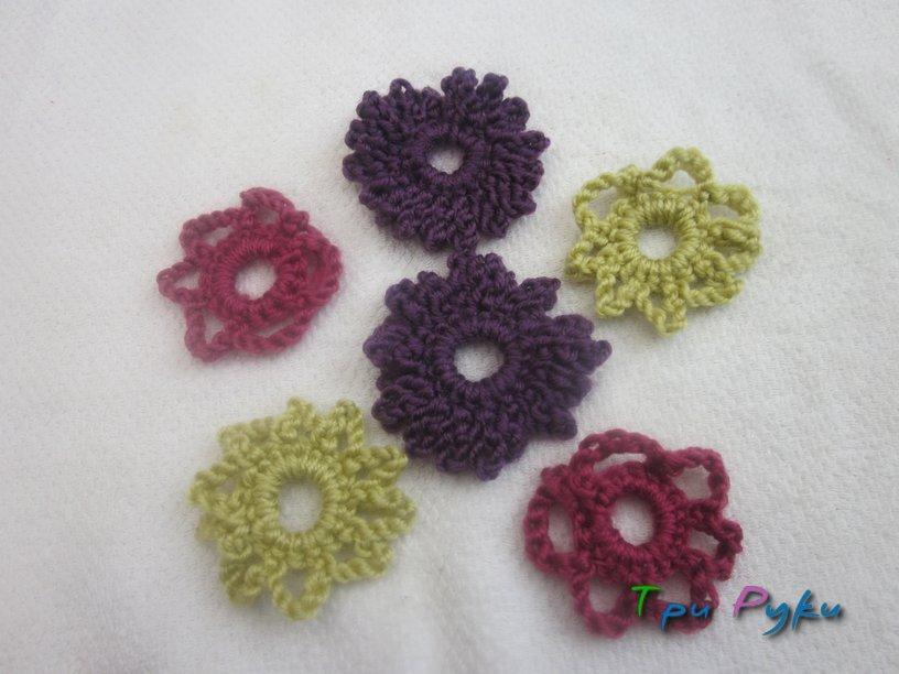 Цветочки крючком разного цвета