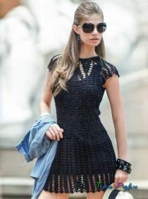 Черное платье крючком