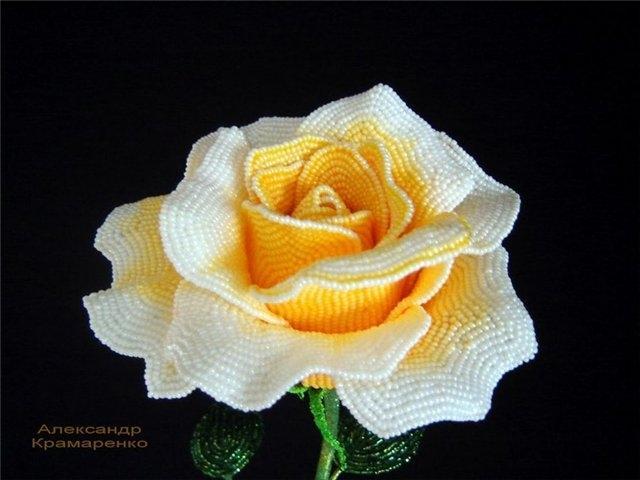 Французские розы из бисера от Александра Крамаренко (1) (640x480, 123Kb)