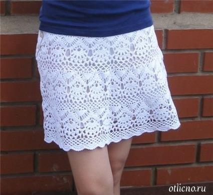 Белая мини юбка крючком