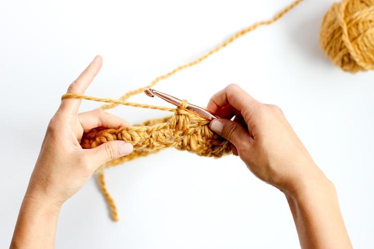 Как связать снуд крючком пощагово: шаг 8